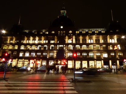 Magasin by night